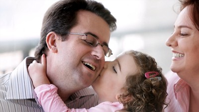 Allergy daughter kisses father