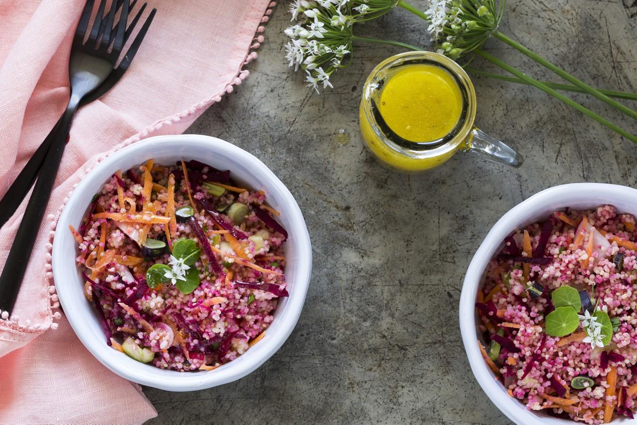 Hirse-Bowl mit Rote Rüben und Feta