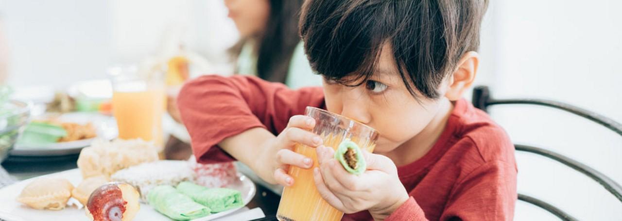 AptaGro boy drink juice article