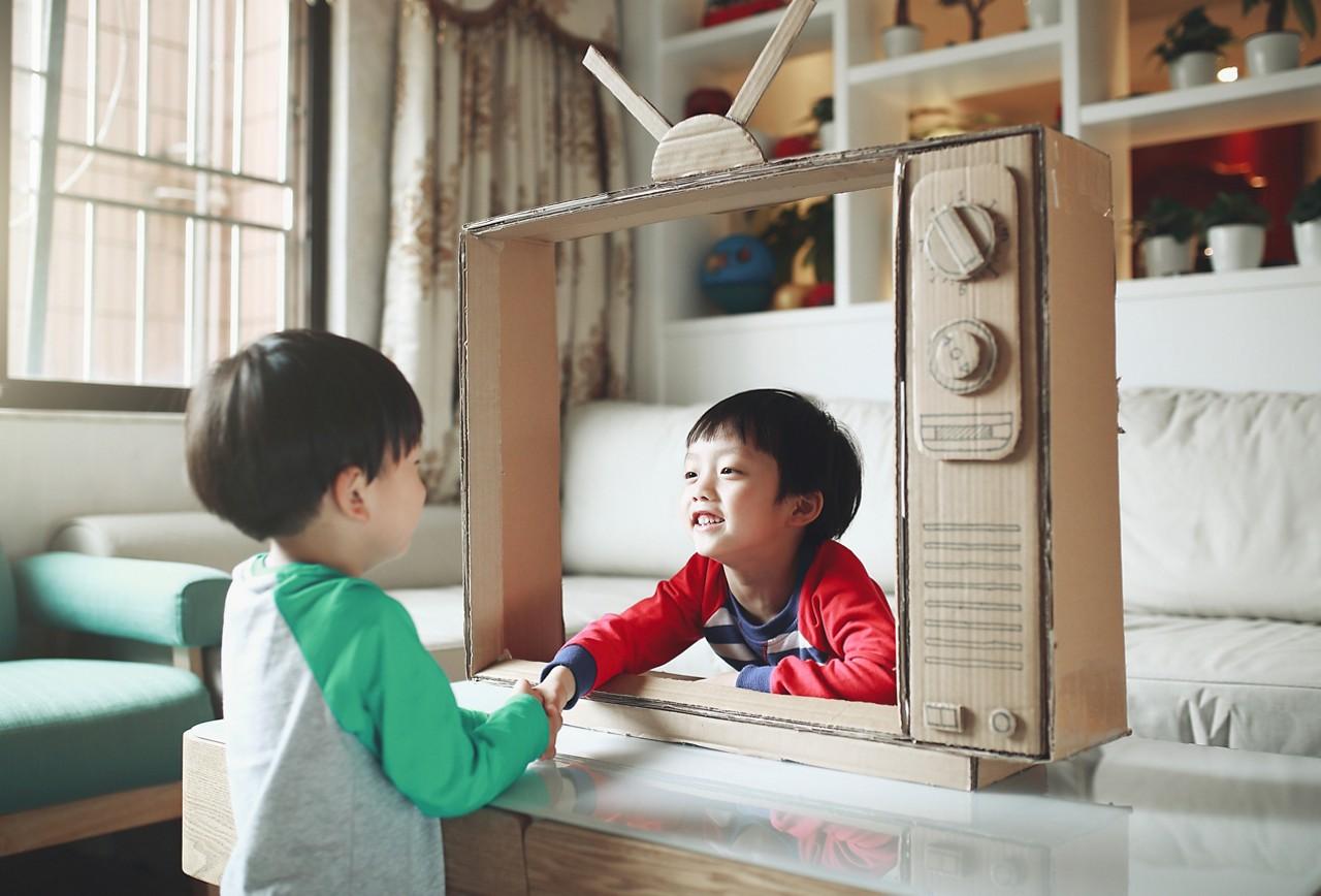 AptaGro child playing article website