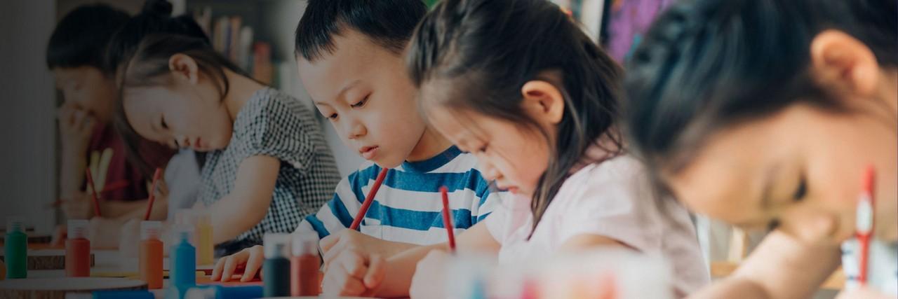 AptaGro kids art class article header