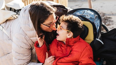 Child cerebral palsy with mum