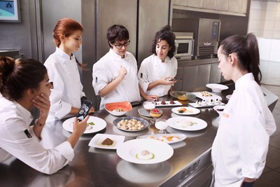 Stroke food chefs cooking