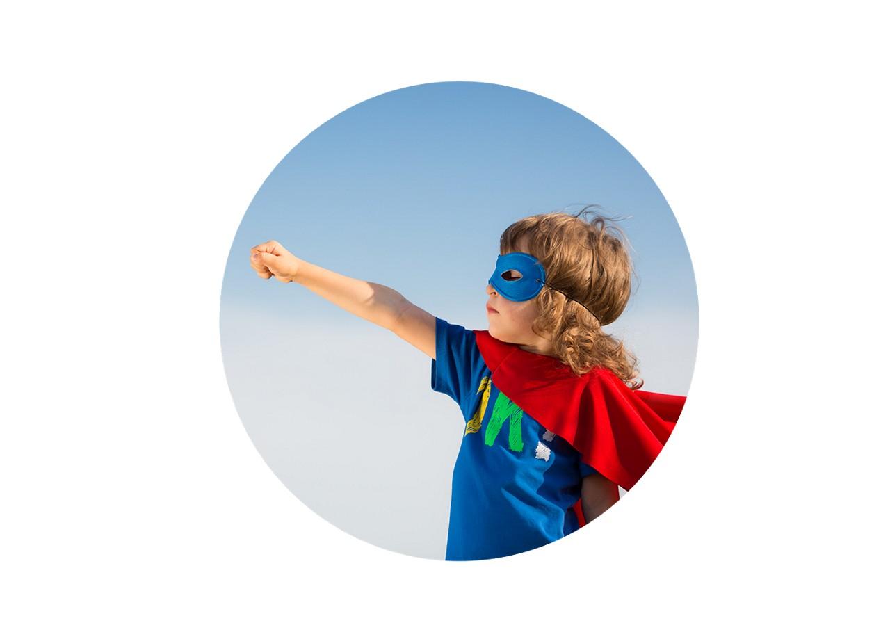 Website social distancing superheld rund