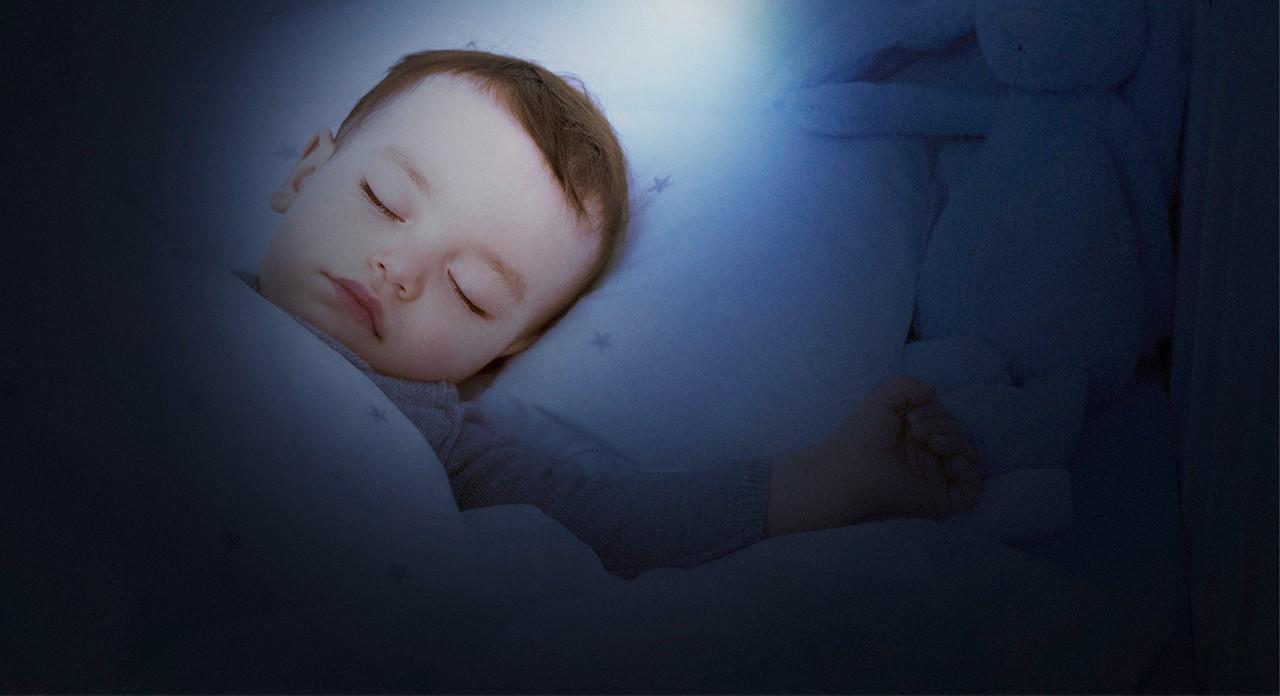 Aptaclub DE abendflaeschchen titelbild baby schlafend