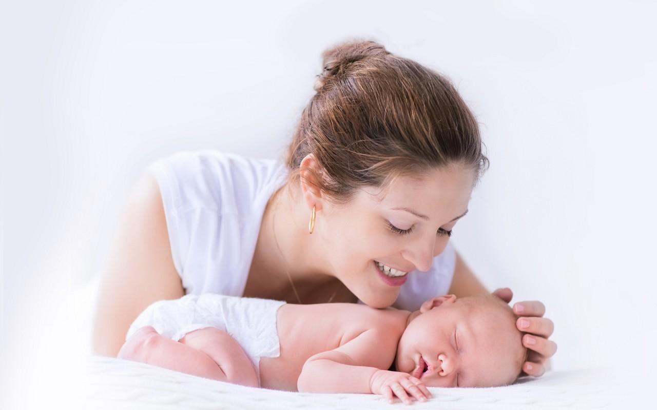 hiq-newborn-baby2